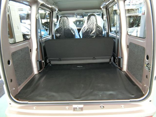 デラックスSAIII 4WD AT車 希少色ライトローズ(12枚目)