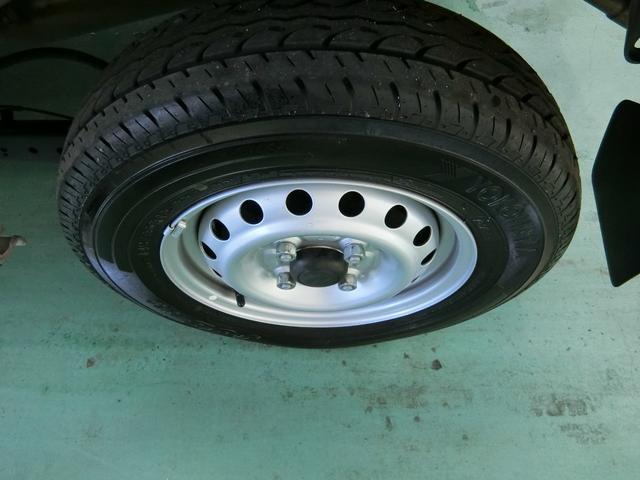 デラックスSAIII 4WD AT車 希少色ライトローズ(19枚目)