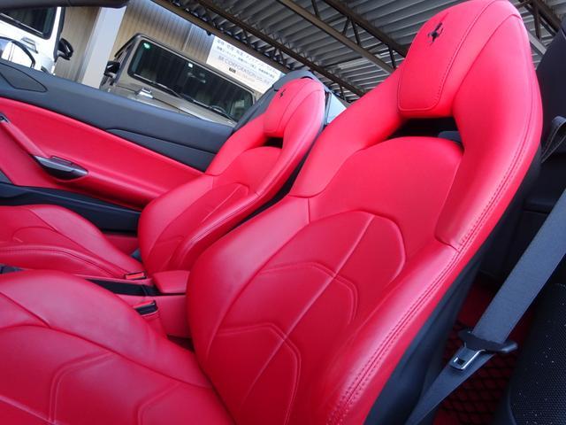 「フェラーリ」「488スパイダー」「オープンカー」「愛知県」の中古車36