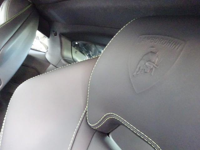 580-2 正規ディーラー車 左ハンドル 純正フロントリフティングブラックレザーインテリア グリーンステッチ 純正ナビ バックカメラシートヒーター アクラポビッチエキゾースト 取保スペアキー有(30枚目)