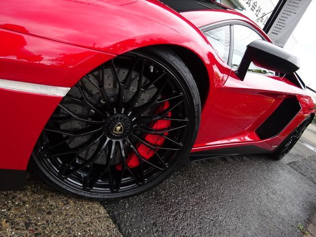 LP750-4 アヴェンタドール SV 世界限定600台 ディーラー車 カーボンインテリア パワークラフト可変マフラー&キャタストレート 純正マフラー有 フルプロテクションフォルム施工 SVビックデカール 備品全有(8枚目)