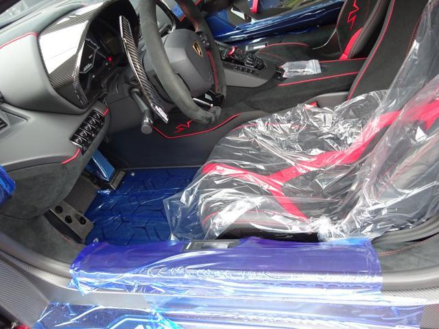 LP750-4 アヴェンタドール SV 世界限定600台 ディーラー車 カーボンインテリア パワークラフト可変マフラー&キャタストレート 純正マフラー有 フルプロテクションフォルム施工 SVビックデカール 備品全有(31枚目)