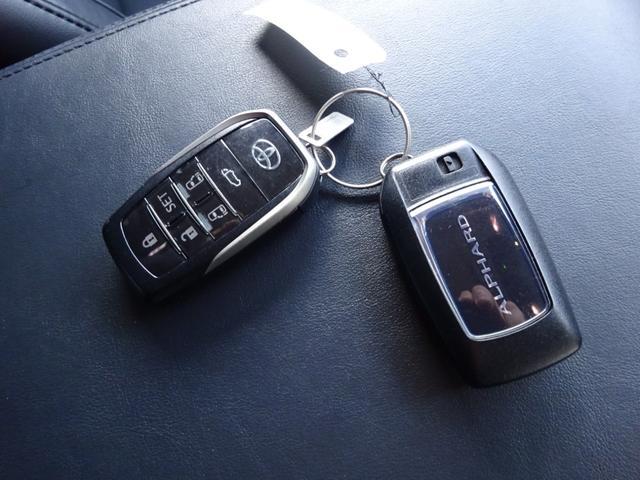 SR Cパッケージ ワンオーナー車 禁煙車 トヨタセーフティーセンス BSM デジタルインナーミラー スペアタイヤ アルパイン11型ナビフルセグ 12・8後席モニター ステアヒーター 純正マット サンルーフ 備品全て有り(38枚目)