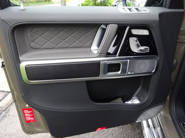 G63 マヌファクトゥーアエディション 全国300台限定 屋内保管 ワンオーナー プロテクション施工 AMGナイトパッケージ AMGエクスクルーシブパッケージ マットブラック22AW ナッパフルレザーインテリア 新車取説 保証書 スペアキー(23枚目)