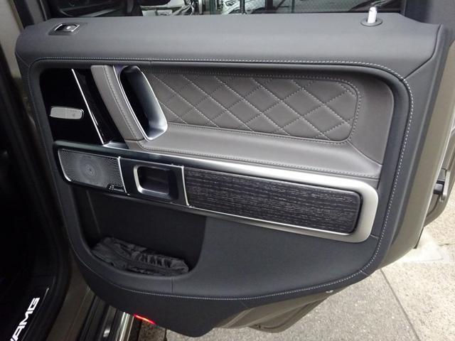 G63 マヌファクトゥーアエディション 全国300台限定 屋内保管 ワンオーナー プロテクション施工 AMGナイトパッケージ AMGエクスクルーシブパッケージ マットブラック22AW ナッパフルレザーインテリア 新車取説 保証書 スペアキー(46枚目)