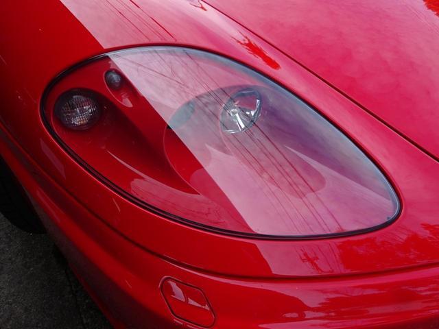 ベースグレード ヨーロッパ新車並行車 記録簿30枚以上 タイミングベルト&クラッチ交換済み 残量76% クライスジークエキゾースト可変付き カーボンブレーキ カーボンドアミラー 純正マフラー有り フェラーリバック有(8枚目)