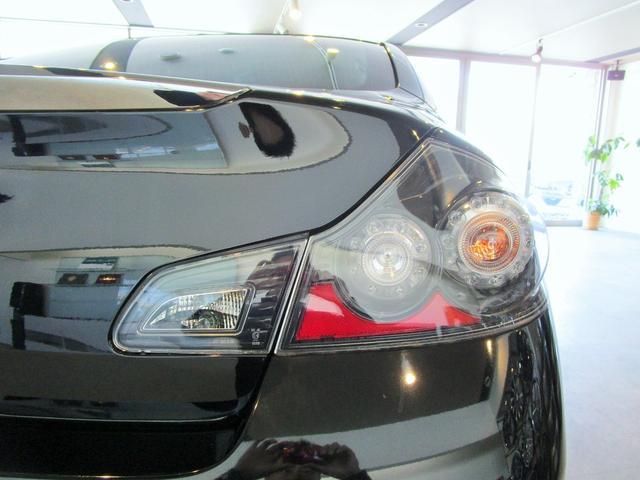 250GT 黒革S インフィニティーグリル 新品20AW(6枚目)