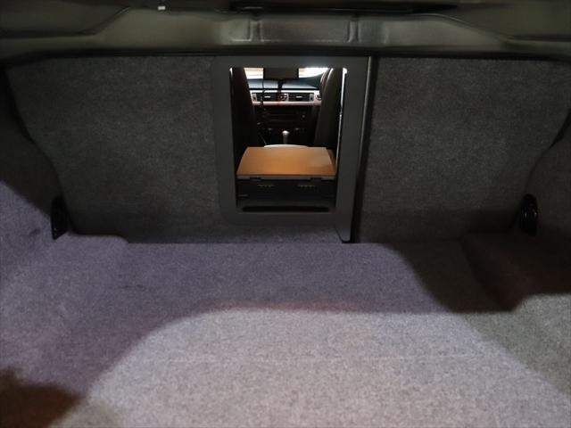 320i RAYS20インチアルミホイール/ダウンサス RS-R/レザーシート/純正オーディオ/CD再生/AUX端子 スマホ接続可能/社外ポータブルナビyupiteru MOGGY/テレビ ワンセグ/(61枚目)