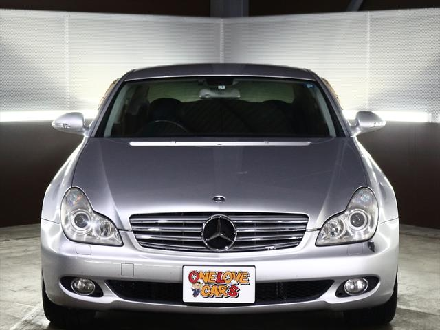 CLS350  黒革シート/純正18inアルミ/ETC(9枚目)