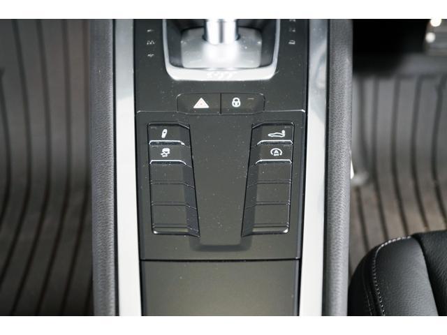 911カレラS黒革ナビバックカメラレーダー赤キャリパ1年保証(17枚目)