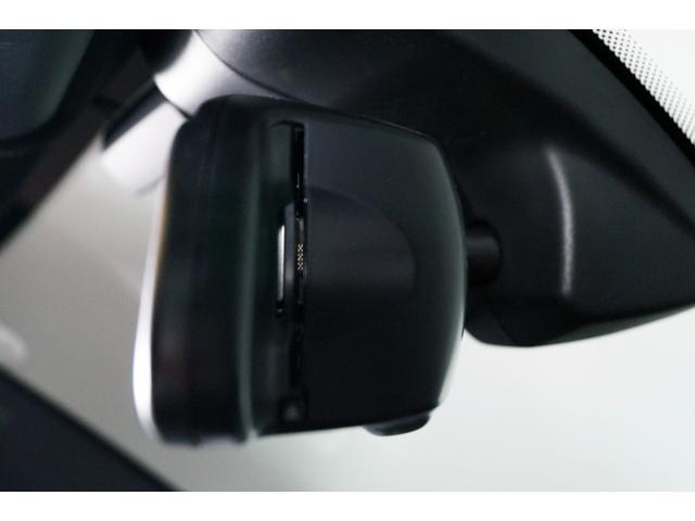 xDrive35dMスポーツナビTV Bカメラ 革サンルーフ(11枚目)