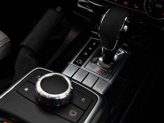 G350dワンオーナーサンルーフ内装アイボリーシートヒーター(18枚目)