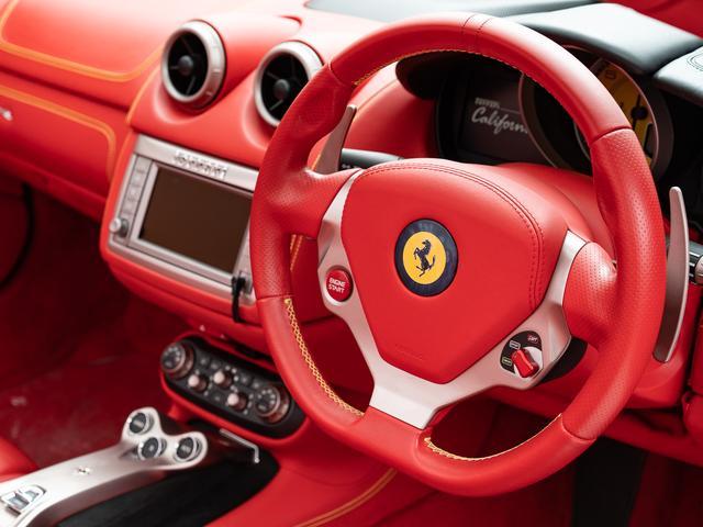「フェラーリ」「カリフォルニア」「オープンカー」「愛知県」の中古車12