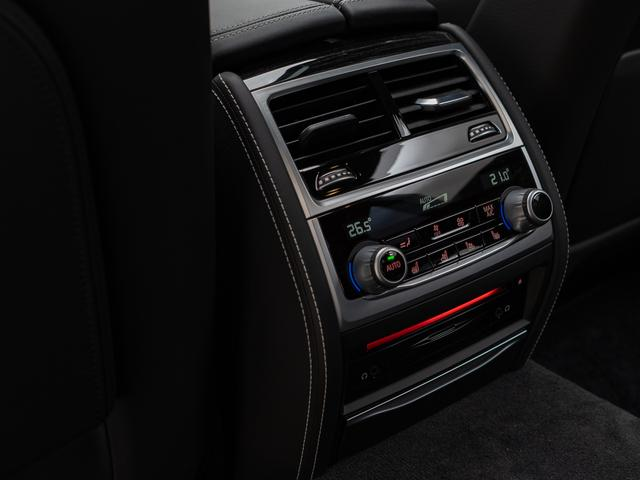 「BMW」「7シリーズ」「セダン」「愛知県」の中古車38