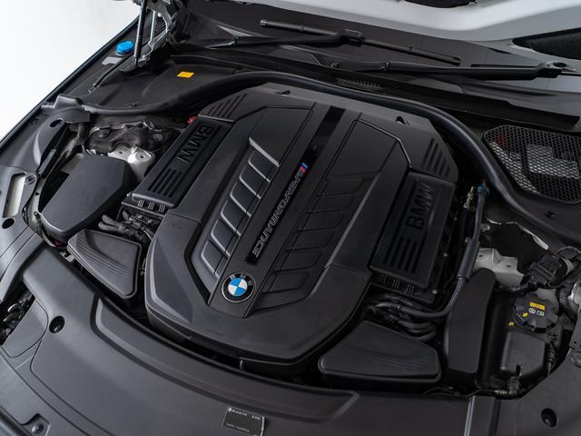 「BMW」「7シリーズ」「セダン」「愛知県」の中古車42