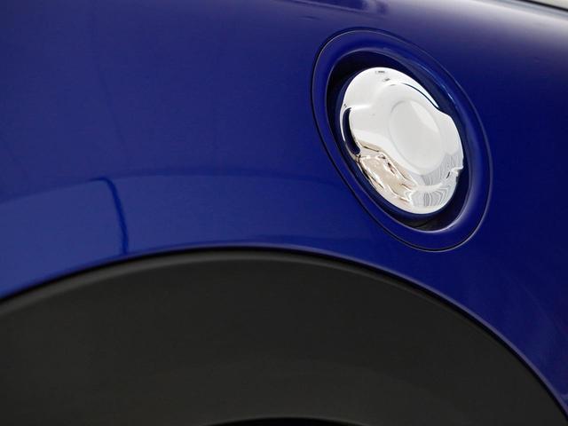 クーパーS ルーフホワイト テールランプユニオンジャック ターボ車 女性1オーナー 純正ナビ バックカメラ デジタルパッケージ スマートキー アルミホイール ETC ディーラー保証継承可能(11枚目)