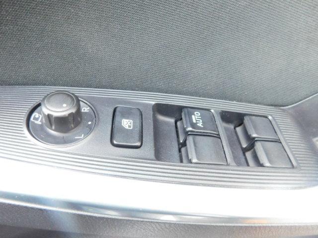 XD /1年保証付/4WD/SDナビ/Bカメラ/地デジ/プッシュスタート/スマートキー/ETC/純正AW(13枚目)