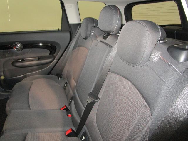 クーパー クラブマン 純正HDDナビ USB ブルートゥース バックカメラ ETC車載器 オートライト クルーズコントロール ドライブレコーダー 純正17インチアルミホイール スマートキー(12枚目)