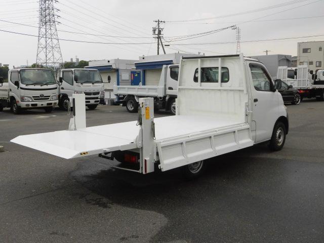 DX3方開平ボディ トヨタ車体製垂直式パワーゲート(4枚目)