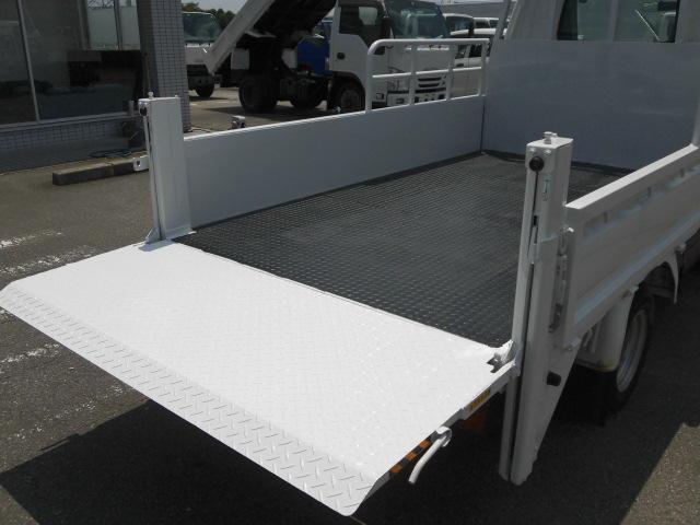低床3方開 平ボディ パワーゲート 新明和垂直ゲート(13枚目)