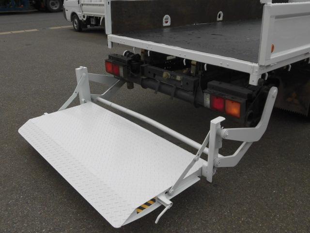 ロング平ボディ・パワーゲート・2トン積・排出ガス浄化装置(7枚目)