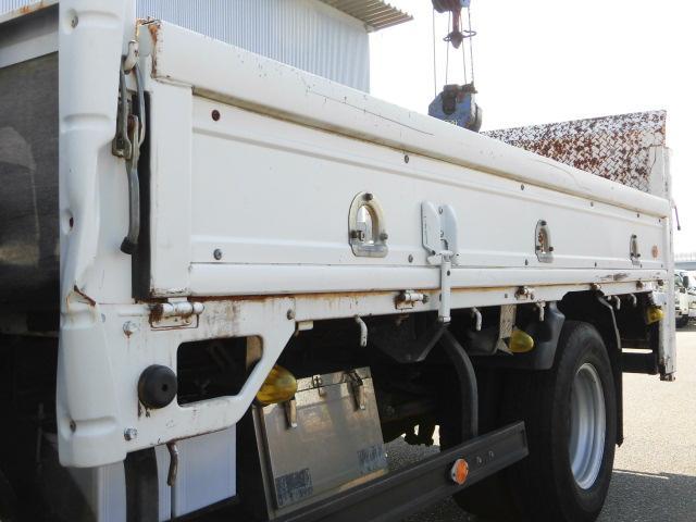 全低床ロング平ボディ・4段クレーン・垂直P/G・2.5トン積(14枚目)