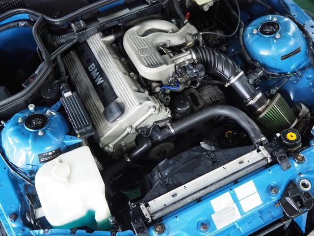 ベースグレード 左ハンドル 5MT BBSホイール スーパースプリントマフラー ETC オープンカー(13枚目)