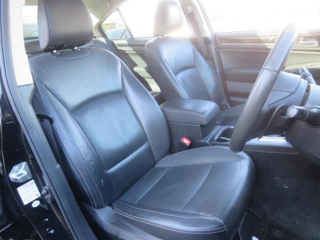 リミテッド 4WD 黒革 8型ナビTV サンルーフ LED(14枚目)