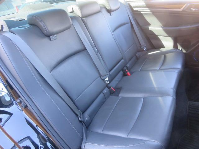 リミテッド 4WD 黒革 8型ナビTV サンルーフ LED(15枚目)