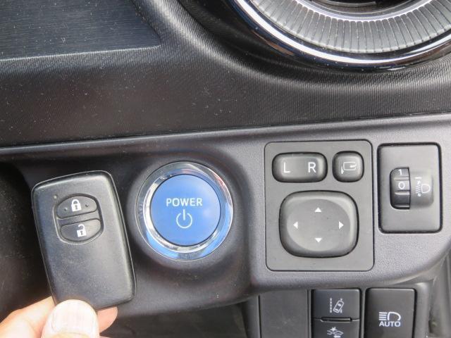 Sスタイルブラック ナビTV Btooth LED Bカメラ ETC 衝突軽減 オートエアコン アイドリングSTOP ABS 横滑防止 WエアB スマートキー プッシュST CD イモビ オートハイビーム(7枚目)