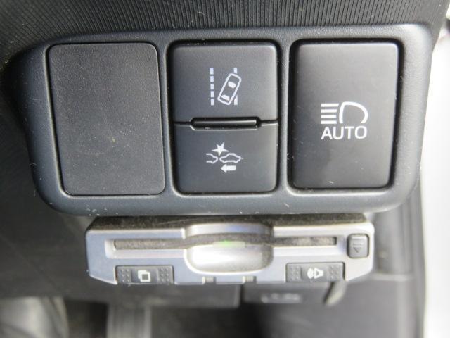 Sスタイルブラック ナビTV Btooth LED Bカメラ ETC 衝突軽減 オートエアコン アイドリングSTOP ABS 横滑防止 WエアB スマートキー プッシュST CD イモビ オートハイビーム(10枚目)