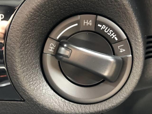 Z 登録済未使用車 トヨタセーフティセンス プリクラッシュセーフティーシステム 4WD レーダークルーズコントロール Pスタート スマートキー 純正AW ディーゼルターボ パールホワイト(4枚目)
