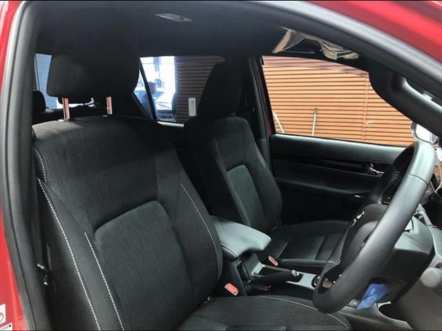 Z ブラックラリーエディション ディーゼル Z ブラックラリーエディション SDナビ フルセグTV Bカメラ 1オーナー ベッドライナー 衝突軽減 4WD クルコン ゲートプロテクター ETC(5枚目)