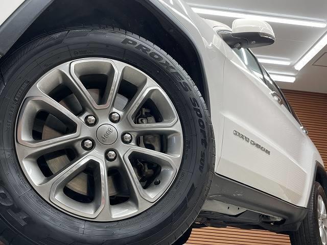 リミテッド マルチナビ 地デジTV 黒革シート ワンオーナー ETC 4WD スマートキー 純正AW 電動シート オートAC クルーズコントロール パドルシフト バックモニター シートメモリ Bluetooth(19枚目)