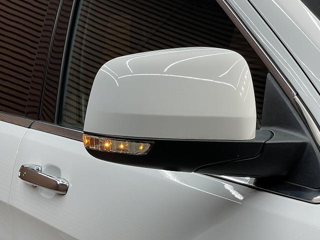 リミテッド マルチナビ 地デジTV 黒革シート ワンオーナー ETC 4WD スマートキー 純正AW 電動シート オートAC クルーズコントロール パドルシフト バックモニター シートメモリ Bluetooth(23枚目)