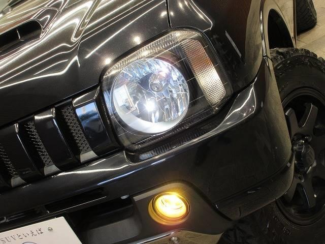 ランドベンチャー 4WD 社外マフラー 社外AW 5速MT ターボ オーディオ 背面タイヤ レザーシート シートヒーター ステアリングリモコン TERZOルーフキャリア ツィーター フォグランプ(20枚目)