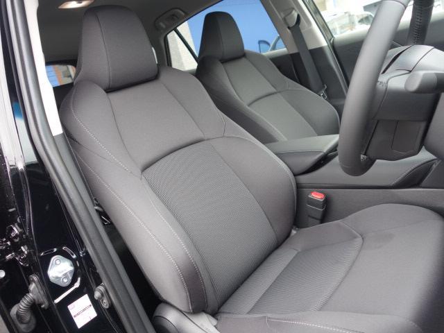 S 新車未登録 8型ディスプレイオーディオ セーフティセンス 衝突軽減 レーダークルーズコントロール クリアランスソナー スマートキー 純正AW Bluetoothオーディオ(5枚目)