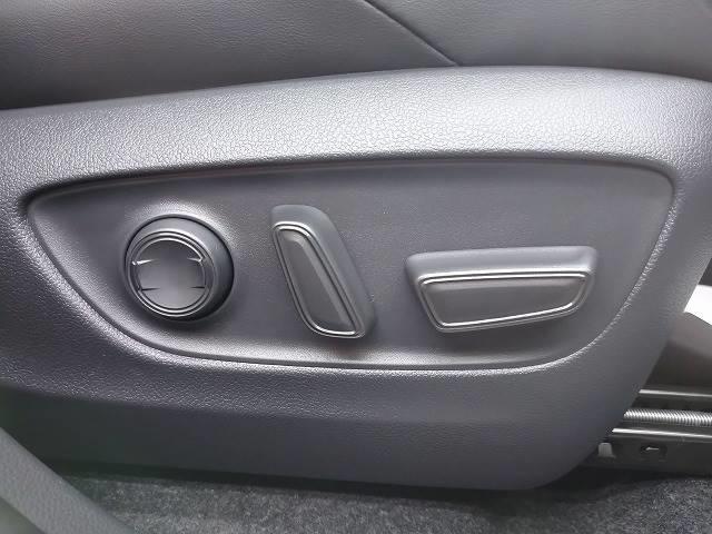 G 新車未登録 ディスプレイオーディオ バックモニター セーフティS レーダークルーズ 衝突軽減 スマートキー ハーフレザーシート 電動リアゲート Bluetoothオーディオ 電動シート 純正AW(8枚目)