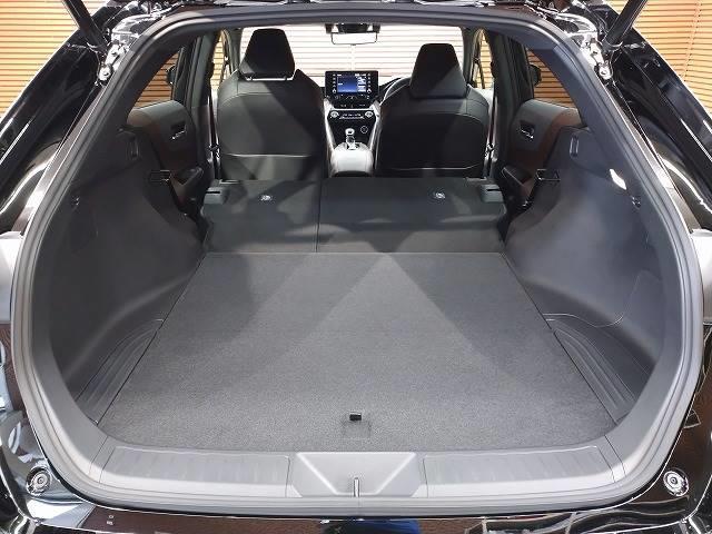 G 新車未登録 ディスプレイオーディオ バックモニター セーフティS レーダークルーズ 衝突軽減 スマートキー ハーフレザーシート 電動リアゲート Bluetoothオーディオ 電動シート 純正AW(12枚目)