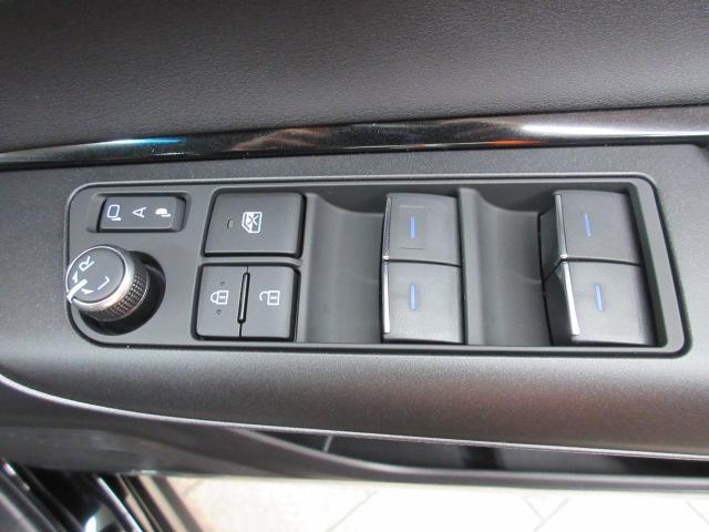 S 8型ディスプレイオーディオ Bカメラ セーフティセンス レーダークルコン 衝突軽減レーンアシスト LEDヘッドライト スマートキー(26枚目)