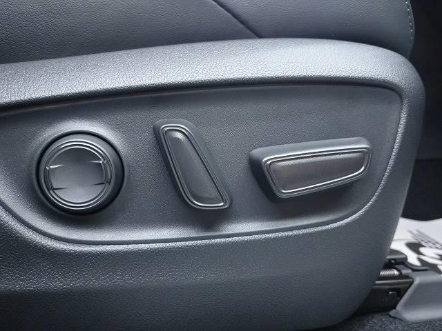 G 新車未登録 8型ディスプレイオーディオ バックモニター セーフティS レーダークルーズ 衝突軽減 ハーフレザー 電動リアゲート スマートキー Bluetoothオーディオ 純正18インチAW(9枚目)