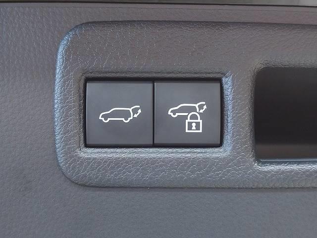 G 新車未登録 8型ディスプレイオーディオ バックモニター セーフティS レーダークルーズ 衝突軽減 ハーフレザー 電動リアゲート スマートキー Bluetoothオーディオ 純正18インチAW(11枚目)