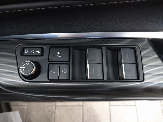 G 新車未登録 8型ディスプレイオーディオ バックモニター セーフティS レーダークルーズ 衝突軽減 ハーフレザー 電動リアゲート スマートキー Bluetoothオーディオ 純正18インチAW(27枚目)