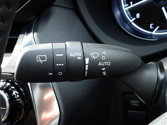 G 新車未登録 8型ディスプレイオーディオ バックモニター セーフティS レーダークルーズ 衝突軽減 ハーフレザー 電動リアゲート スマートキー Bluetoothオーディオ 純正18インチAW(30枚目)