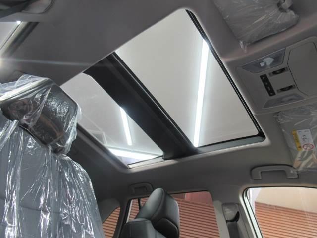 G パノラマサンルーフ バックカメラ レーダークルコン クリアランスソナー ハンドルヒーター シートヒーター LEDヘッドライトライト パワーシート シートヒーター シートメモリー ステアリングスイッチ(4枚目)