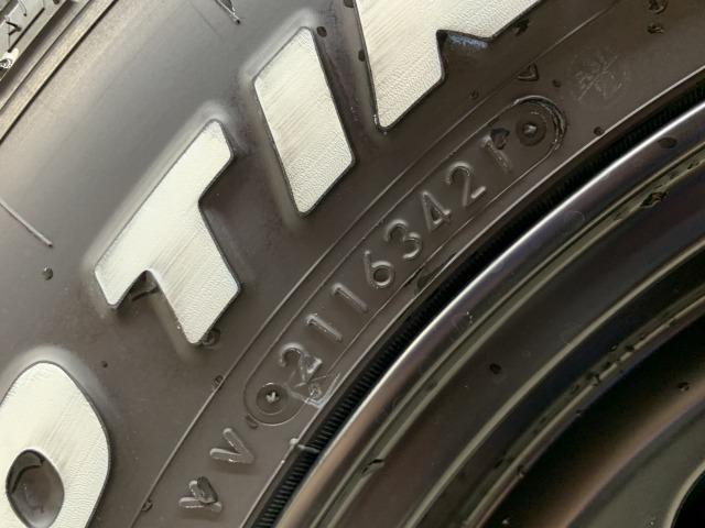 XL 4WD ダムドリトルDカスタム シートヒーター スマートキー 5速MT ダウンヒルアシストコントロール 純正16インチAW 背面タイヤ ミラーヒーター(24枚目)