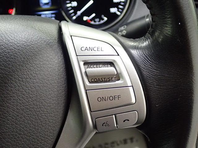 クルーズコントロール装備で、高速走行も楽々です。