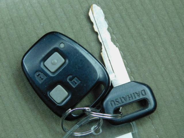 カスタムターボR 1年保証 ワンオーナー ターボ 両側スライドドア キーレス 電格ミラー オートエアコン CD再生 タイミングチェーン 修復歴無 ベンチシート(64枚目)