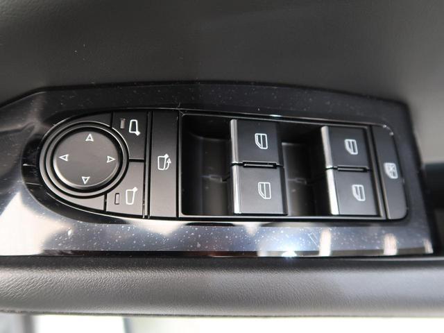 「マツダ」「MAZDA3ファストバック」「コンパクトカー」「三重県」の中古車37