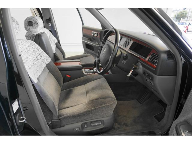 標準仕様車 デュアルEMVパッケージ シートヒーター&クール(43枚目)